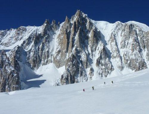 Conferencia sobre esquí de montaña y raquetas de nieve en la UEMC