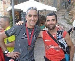 Álvaro Rodríguez y Felipe Artigue, de la selección de carreras por montaña de la Federación de Deportes de Montaña, Escalada y Senderismo de Castilla y León. /Modubeos CM