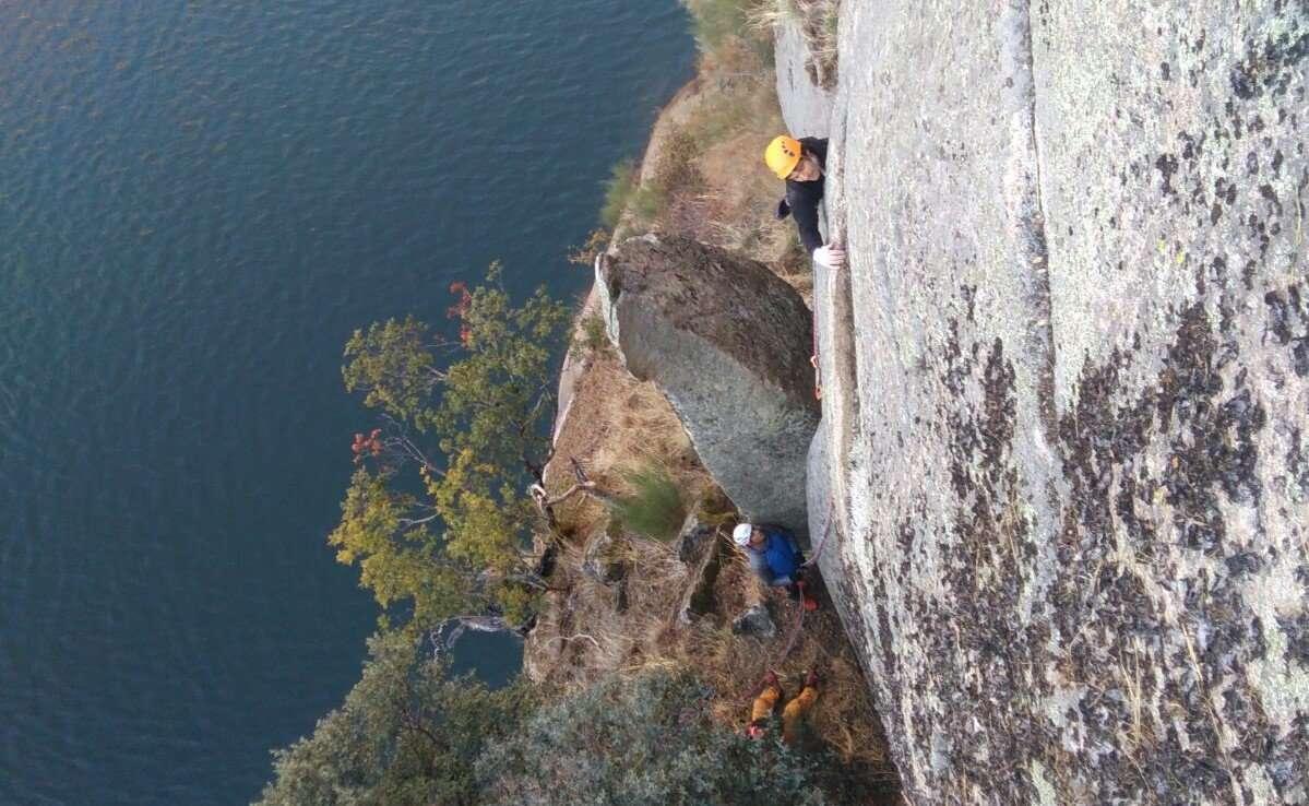 El Equipo de Alpinismo de Castilla y León realiza su primera salida