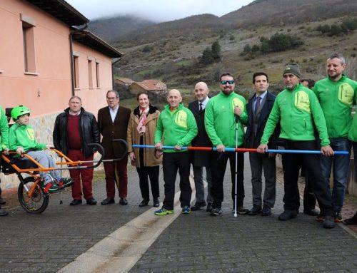 El Pico Valdecebollas estrena el proyecto 'Cumbres para Todos' de montañismo inclusivo
