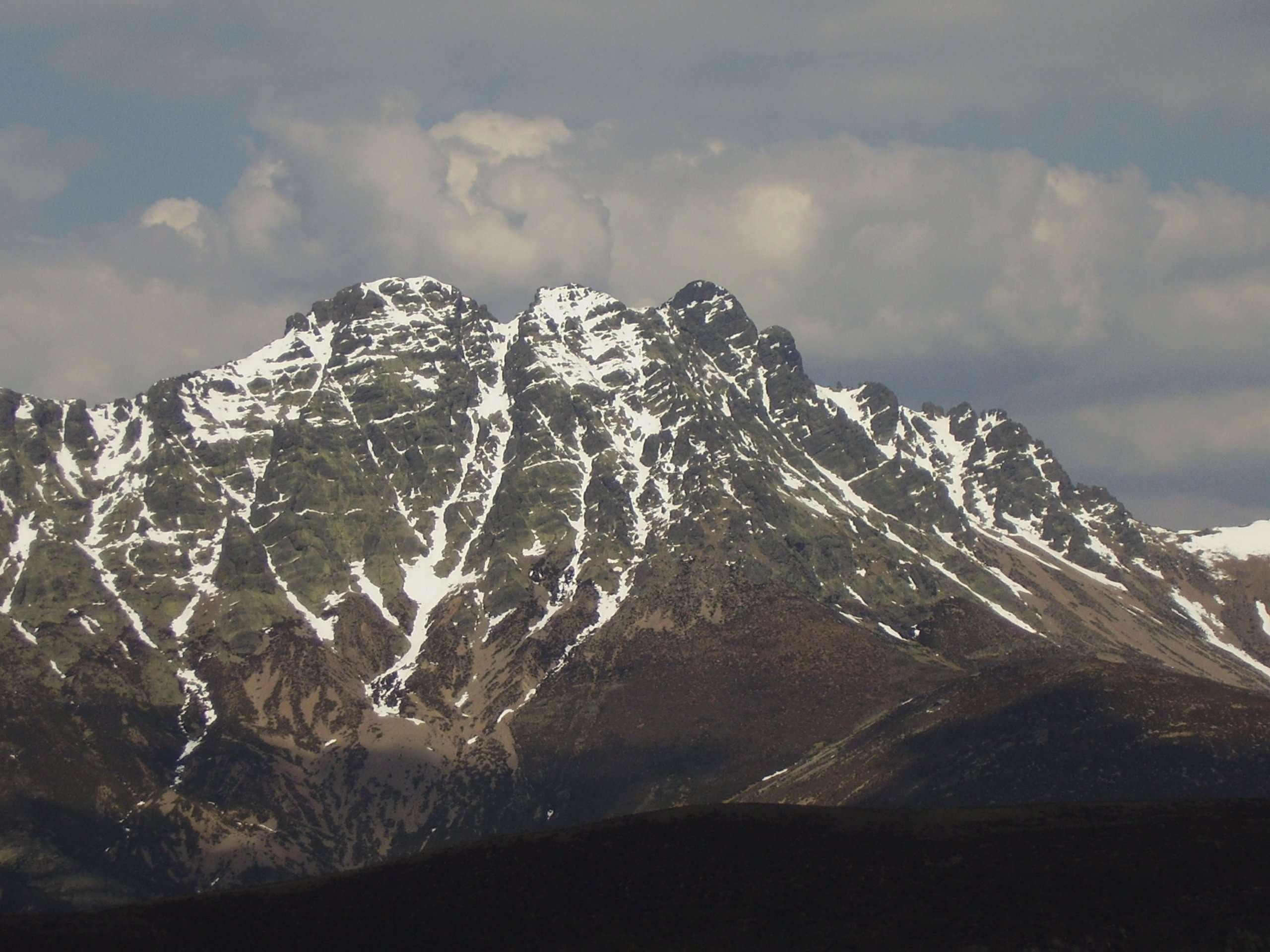 El Trofeo de Cumbres de Castilla y León supera las 200 ascensiones