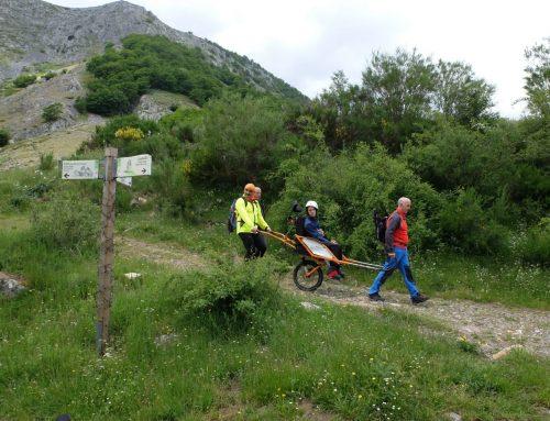 'Cordabarras y Sherpajoëlettes', un libro para impulsar el montañismo inclusivo